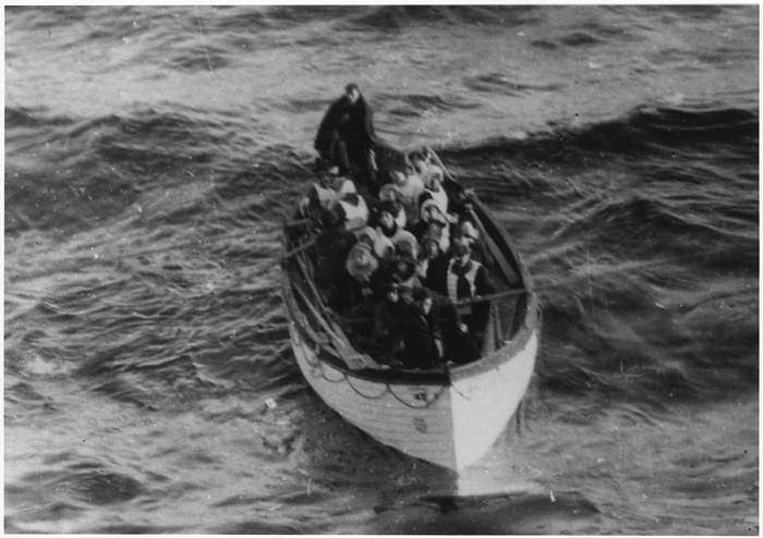 Lifeboat_Carrying_Titanic_S