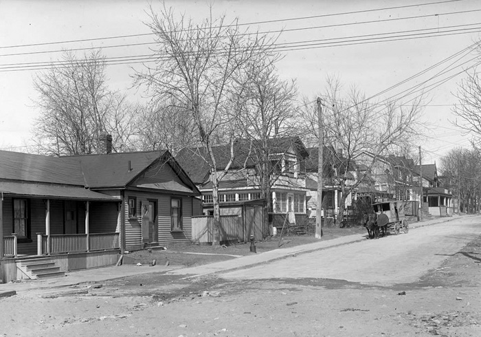 A walk through the storied past of Lee Avenue