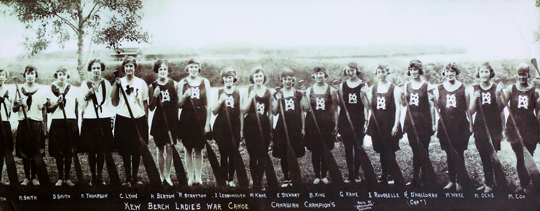 web-Kew Beach Ladies War Canoe-3068