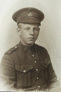 An unnamed photo of an East End soldier taken at the time of the First World War.
