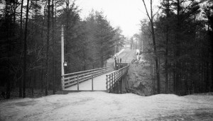 The bridge over the Glen Stewart Ravine as it looked in 1921. PHOTO: City of Toronto Archives, Fonds 1244, Item 1734