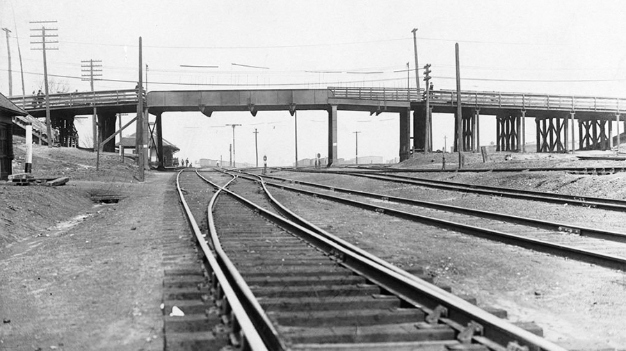 The Main Street railway bridge as it looked in 1915. PHOTO: City of Toronto Archives