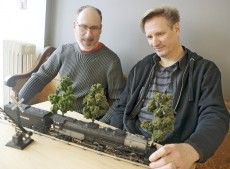 John Paddle and Darrell Martin make up the GT3 model train club.