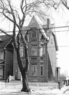 House, Queen Street East, no. 1903, south side, east of Woodbine Avenue, Toronto, Ont.