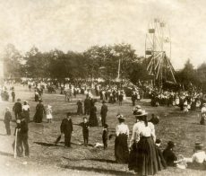 Munro Park in 1900 when skirts were long and films were short.