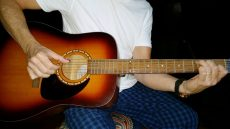 guitar_playing_web