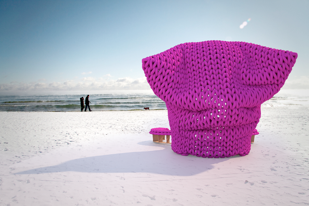 Pink Hat Tops This Year S Winter Stations Beach Metro Community News